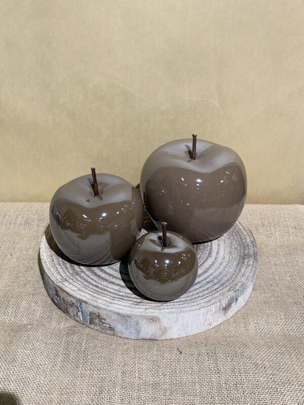 set van bruine appels